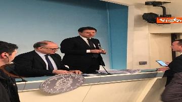 9 - Conte e Gualtieri in conferenza stampa a Chigi sulla manovra