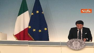 5 - Conte e Gualtieri in conferenza stampa a Chigi sulla manovra
