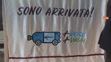 2 - Virginia Raggi inaugura Gaia, la macchina del progetto +Ricicli + Viaggi