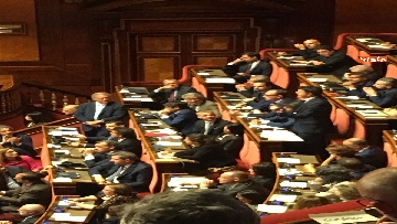 11 - L'intervento di Matteo Renzi al Senato dopo il discorso di Donte