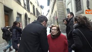 10 - Il segretario del PD Matteo Renzi vota a Firenze