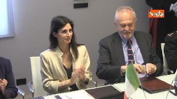 5 - Raggi e Ministro Ambiente Galletti firmano intesa per salvaguardia Riserva Litorale Romano