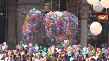 1 - Al via la Stramilano, 60mila runner nelle strade della città