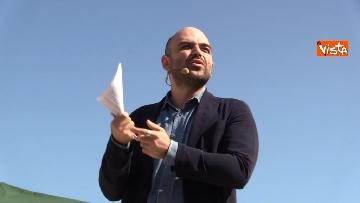 2 - Il comizio dello scrittore Roberto Saviano a parco Sempione a Milano