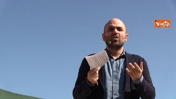 4 - Il comizio dello scrittore Roberto Saviano a parco Sempione a Milano