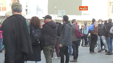10 - Giornata mondiale del teatro, le foto della protesta davanti al Teatro Argentina a Roma