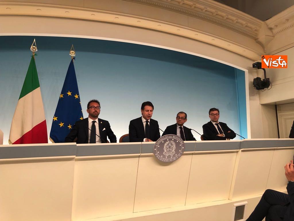 24-07-18 Milleproroghe in Consiglio dei Ministri, la conferenza stampa 7