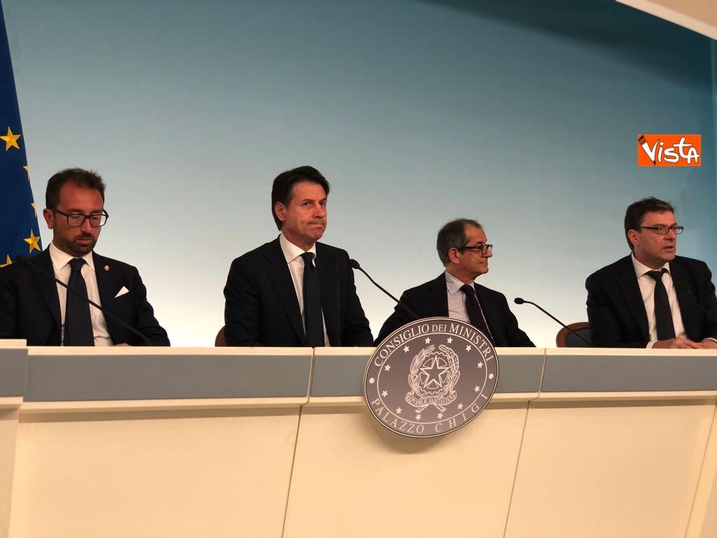 24-07-18 Milleproroghe in Consiglio dei Ministri, la conferenza stampa 9