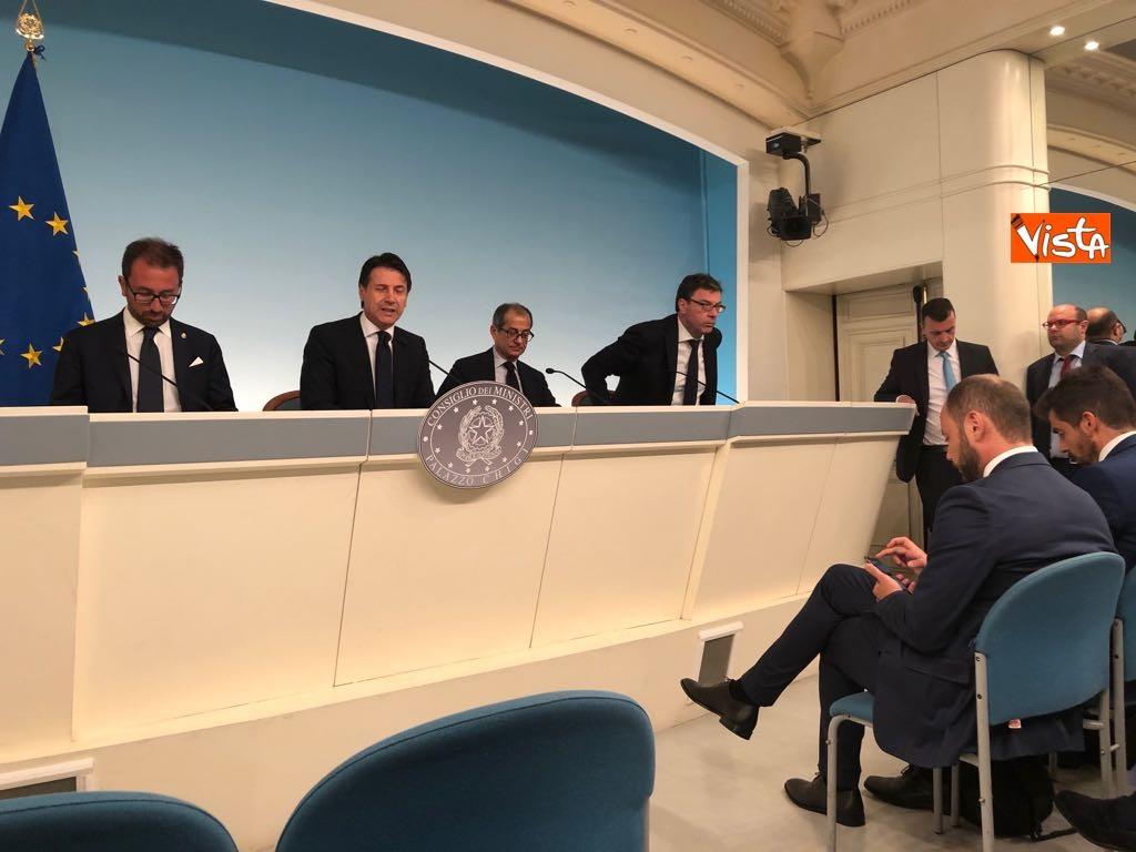 24-07-18 Milleproroghe in Consiglio dei Ministri, la conferenza stampa 8