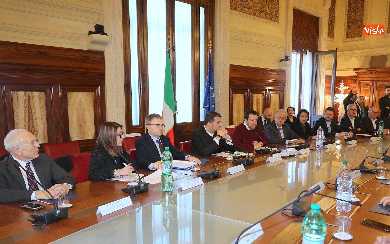 14-02-19 Salvini incontr una delegazione di pastori sardi le immagini_03