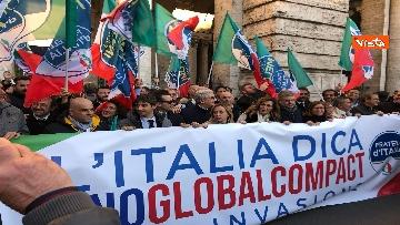 12 - Migranti, 'No Global compact' la manifestazione di FdI con Meloni