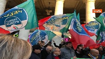 6 - Migranti, 'No Global compact' la manifestazione di FdI con Meloni