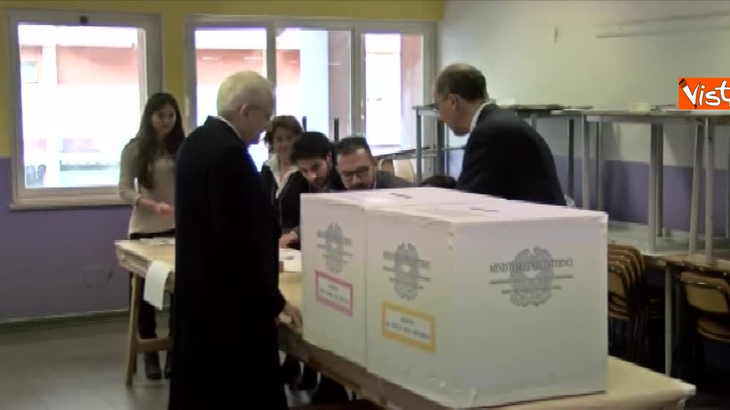 04-03-18 Mattarella il voto del presidente della Repubblica a Palermo_05