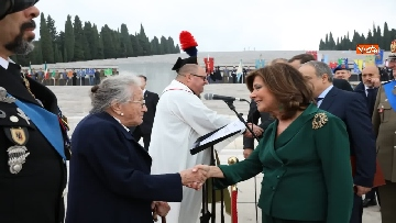 14 - 4 novembre, Casellati depone corona d'alloro al Sacrario militare di Redipuglia