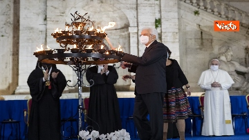 13 - Mattarella all'incontro internazionale di preghiera per la pace tra le religioni, le immagini