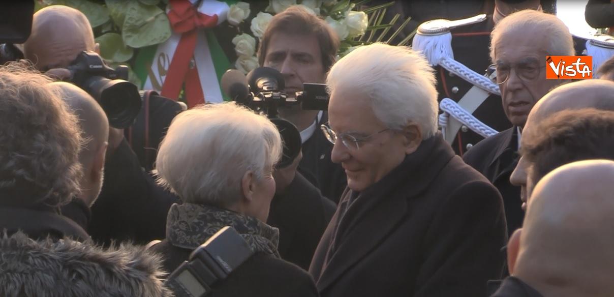 Il presidente Mattarella ai funerali_02