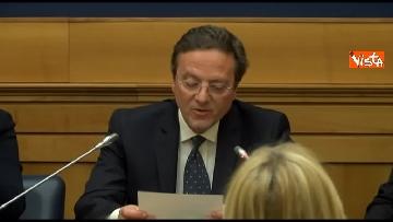 8 - Tragedia Erasmus Spagna, Renzi e Boschi  in conferenza con familiari vittime, immagini