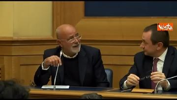 7 - Tragedia Erasmus Spagna, Renzi e Boschi  in conferenza con familiari vittime, immagini