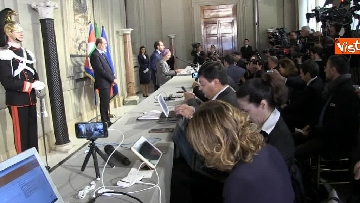 3 - Consultazioni, Gruppo Misto Senato con Bonino e Nencini a margine del colloquio con Mattarella