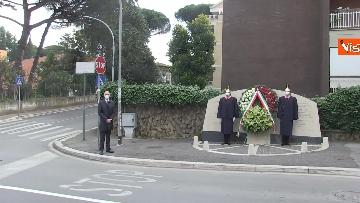 1 - Rapimento Moro, Mattarella rende omaggio alla lapide di Via Fani. Le immagini