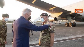 2 - Fine missione italiana in Afghanistan, ecco gli ultimi militari che atterrano a Ciampino