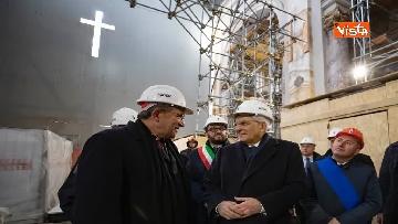 3 - Il Presidente Mattarella visita il Duomo de L'Aquila in ristrutturazione