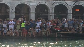 11 - Il giorno della 'Regata Storica' a Venezia, il tradizionale corteo di barche in Canal Grande