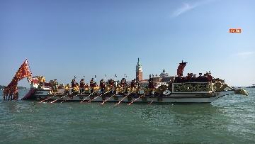4 - Il giorno della 'Regata Storica' a Venezia, il tradizionale corteo di barche in Canal Grande
