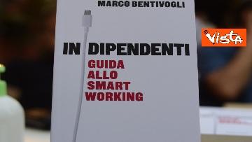 """4 - Sala alla presentazione del libro """"Indipendenti guida allo Smart Working"""", le immagini"""