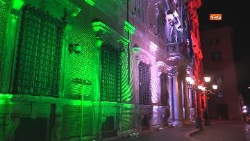7 - Palazzo Madama illuminato con il tricolore