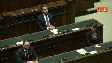 7 - Conte alla Camera tra deputati con la mascherina e ministri a distanza di sicurezza