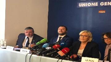 8 - Salvini, Le Pen in conferenza con il segretario UGL Capone