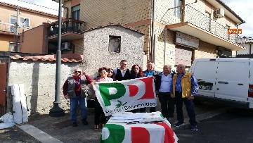 3 - Zingaretti al Banchetto Pd a Piazza Cola di Rienzo a Roma