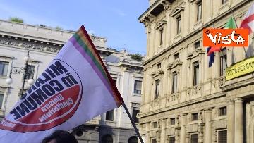 9 - Nuovo stadio Milano, Flash Mob comitati cittadini a Palazzo Marino, le immagini del presidio