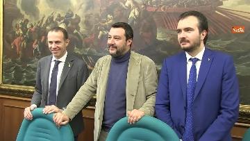 6 - Salvini con i capigruppo Romeo e Molinari in conferenza stampa immagini