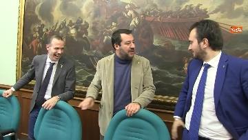 5 - Salvini con i capigruppo Romeo e Molinari in conferenza stampa immagini