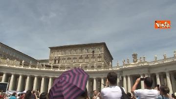 6 - L'Angelus di Papa Francesco