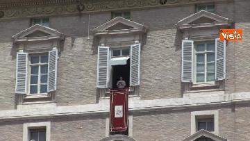 9 - L'Angelus di Papa Francesco