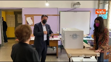 1 - Conte alle urne per le elezioni, il momento del voto