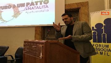 4 - Forum associazioni familiari con Salvini immagini