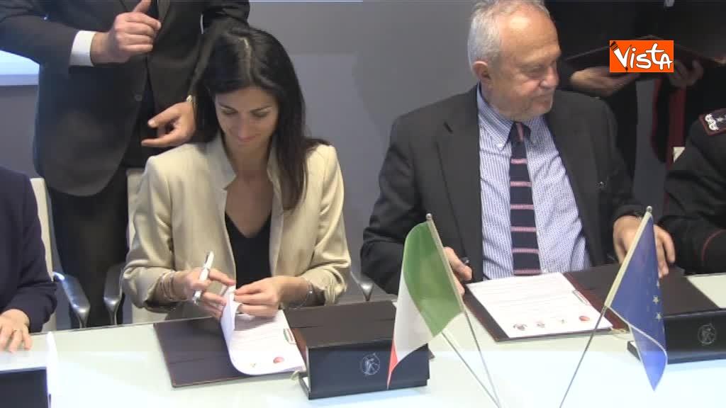 19-04-18 Immagini firma protocollo intesa Ministero Roma Capitale_02