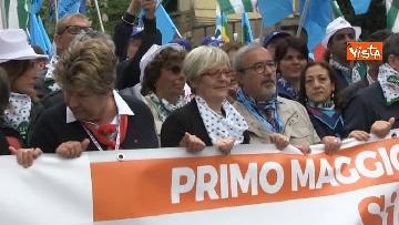 3 - Camusso, Furlan, Barbagallo alla manifestazione del primo maggio a Prato. Presente Martina