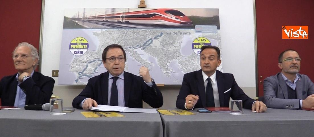 Alberto Cirio in conferenza stampa