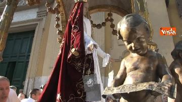 7 - Canti e preghiere alla Festa de Noantri a Trastevere, le immagini della processione