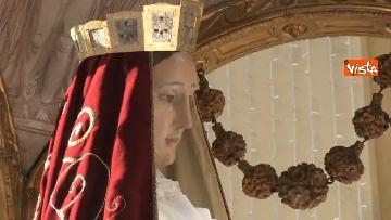 9 - Canti e preghiere alla Festa de Noantri a Trastevere, le immagini della processione