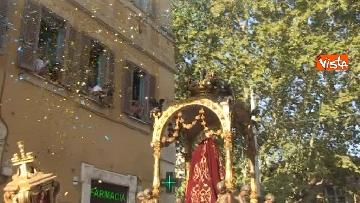 3 - Canti e preghiere alla Festa de Noantri a Trastevere, le immagini della processione