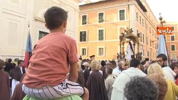 16 - Canti e preghiere alla Festa de Noantri a Trastevere, le immagini della processione
