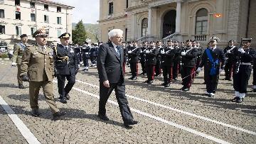 2 - 25 Aprile, il Presidente Mattarella assiste alla Cerimonia dell'alzabandiera a Vittorio Veneto