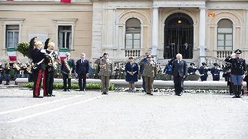 4 - 25 Aprile, il Presidente Mattarella assiste alla Cerimonia dell'alzabandiera a Vittorio Veneto