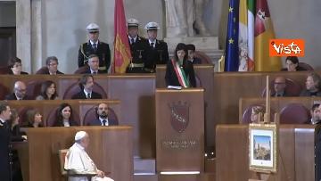 16 - Papa Francesco in Campidoglio, l'intervento in Aula Giulio Cesare